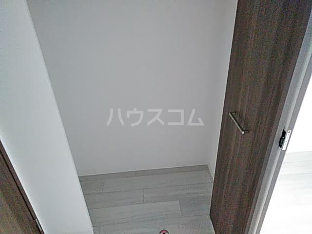 エグゼ京都西 102号室の収納