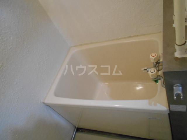 コーポオータ 210号室の風呂