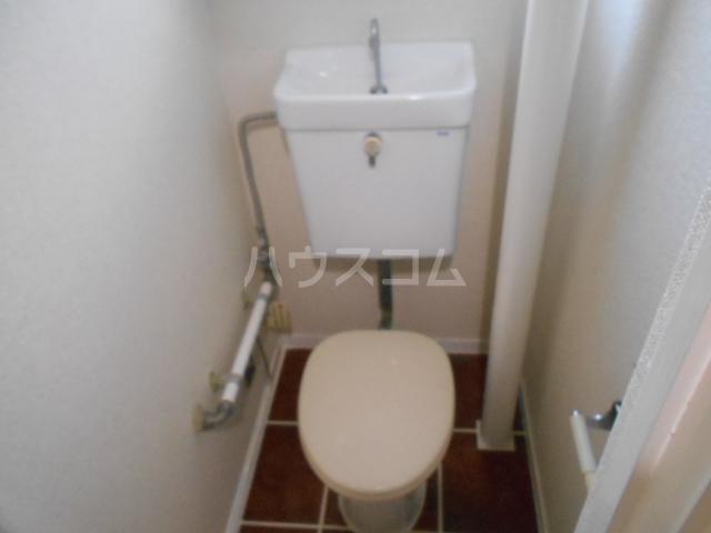 コーポオータ 210号室のトイレ