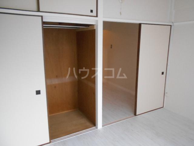 コーポオータ 210号室の収納