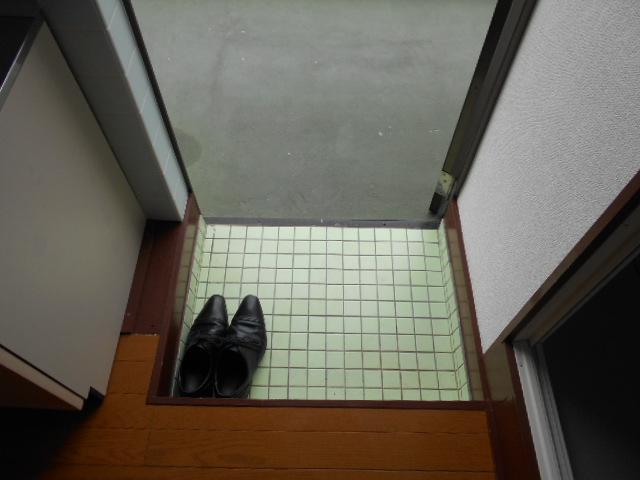 ヤマニ荘 20号室の玄関