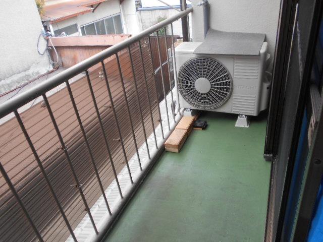 ヤマニ荘 20号室のバルコニー