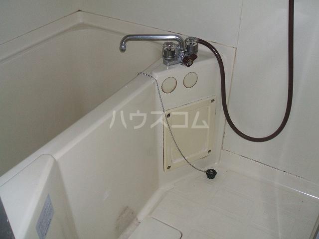 ハウスハクラクⅡ 202号室の風呂