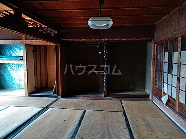 桂久方町店舗付き住宅のリビング