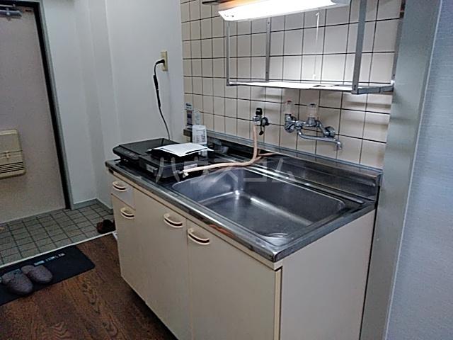 あすなろ館 0001A号室のキッチン