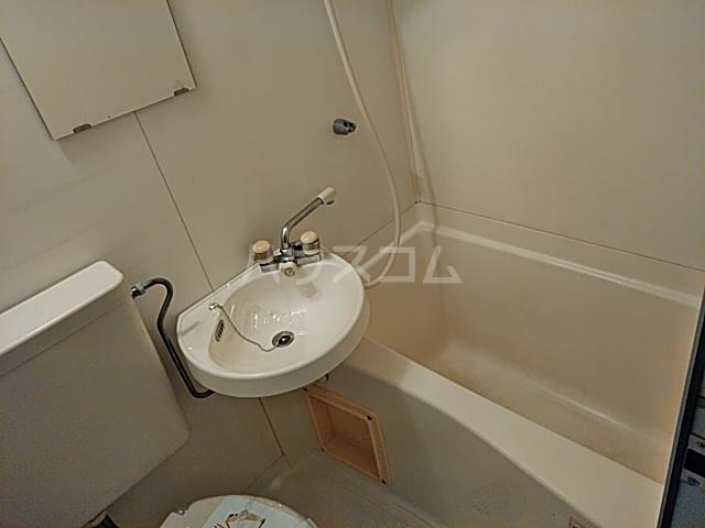 あすなろ館 0001A号室の風呂