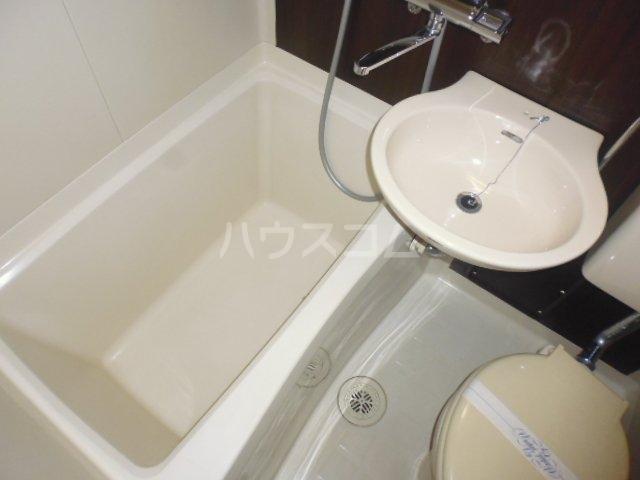 第46長栄MKフレグランス桂 104号室の風呂