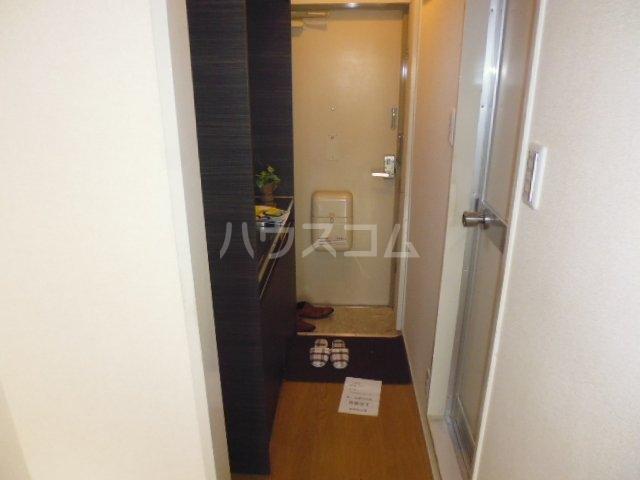第46長栄MKフレグランス桂 104号室の玄関