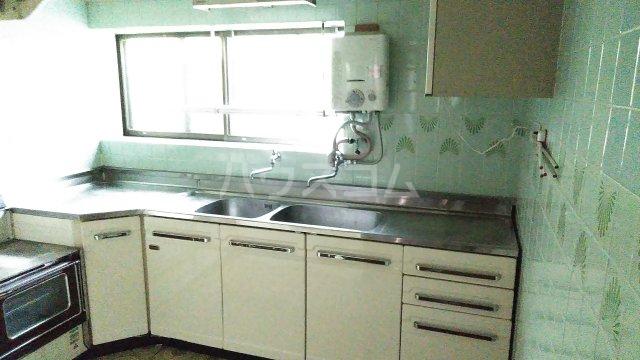 桂下豆田町貸家のキッチン