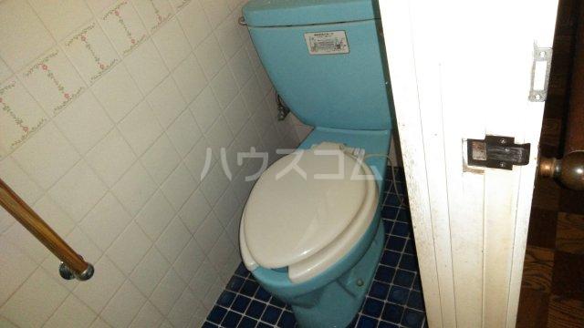 桂下豆田町貸家のトイレ