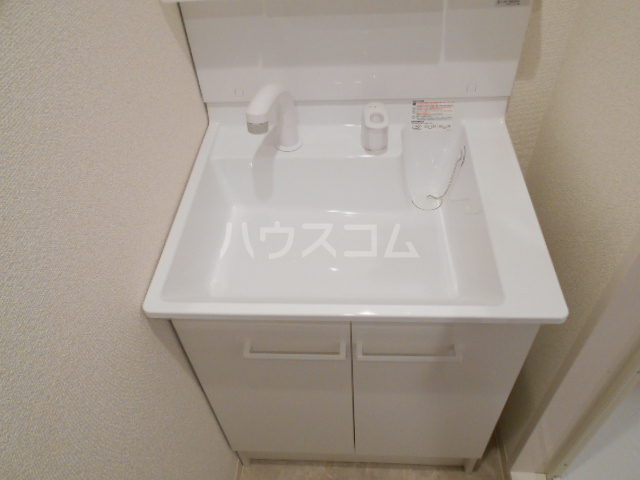 アークリード太秦 110号室の洗面所