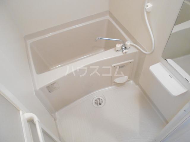 アークリード太秦 207号室の風呂