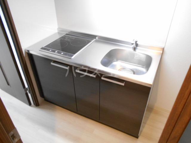 アークリード太秦 303号室のキッチン