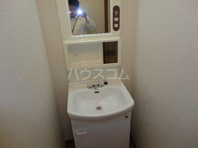 コーポ嵯峨野 105号室の洗面所