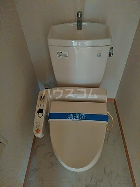クレール草薙 203号室のトイレ