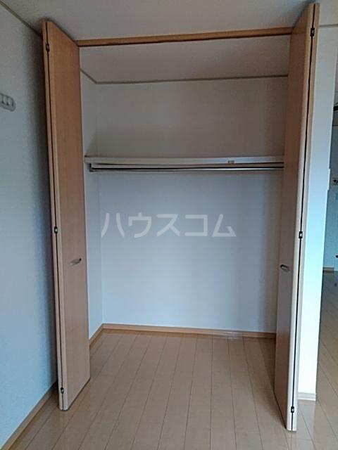 クレール草薙 203号室の収納