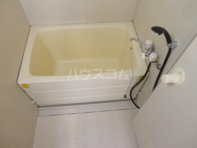 ハイツセブン 203号室の風呂