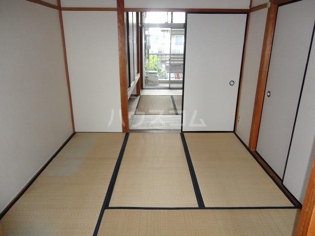 マンション千丈 202号室の居室