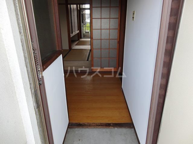 マンション千丈 202号室の玄関