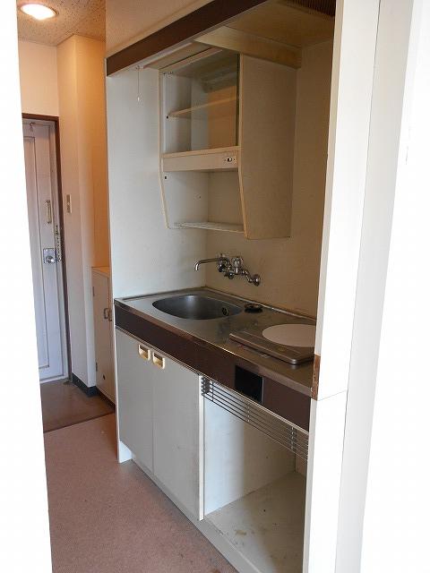 アーバンハイツ四条 402号室のキッチン