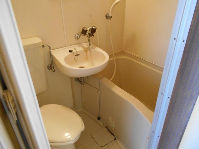 アーバンハイツ四条 402号室の風呂