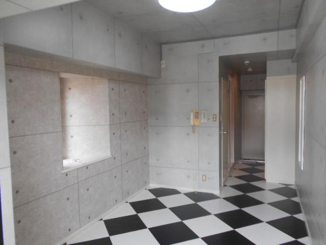 ノアーズアーク京都朱雀 1101号室のリビング