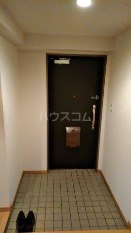 サンシティ桂坂ロイヤル弐番館 417号室の玄関