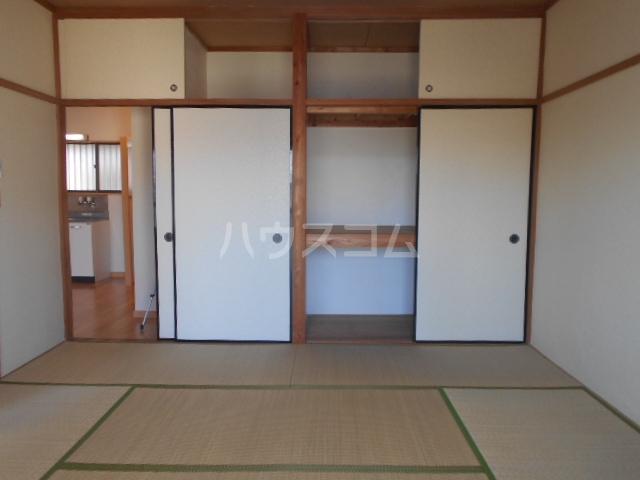 第三コーポ内藤 202号室の居室