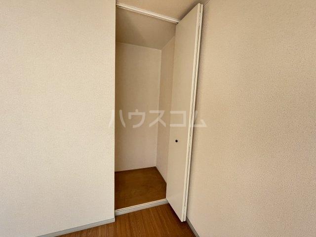 サンビレッジ桂 A104号室のベッドルーム