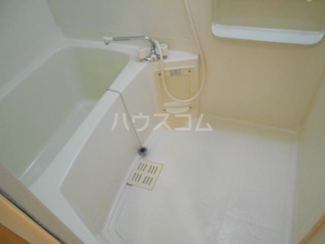 クオリティ嵯峨野 107号室の風呂