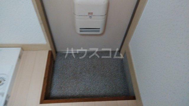 清明ハイツ 105号室の玄関