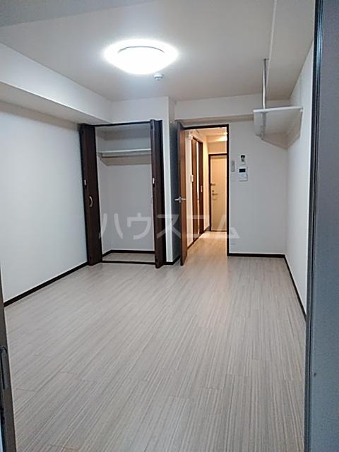 ディアネス西院 103号室のリビング