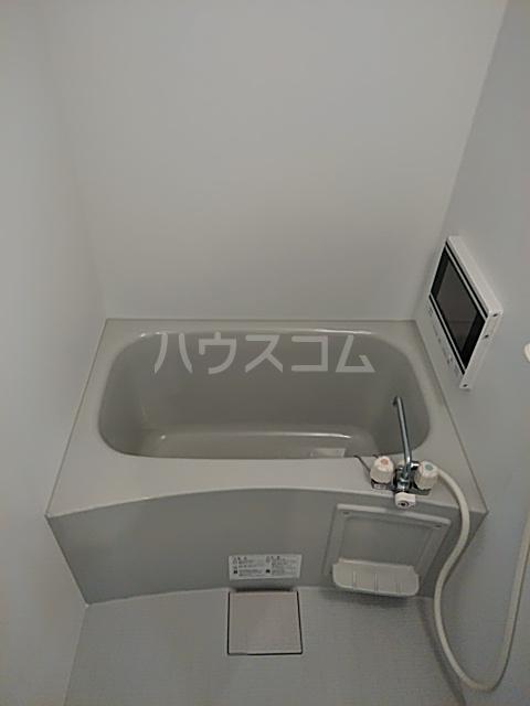 ディアネス西院 103号室の風呂