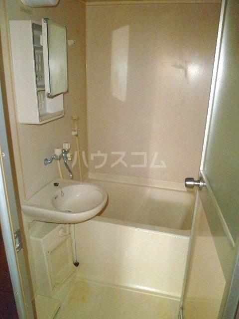 ジュエ狐ヶ崎マンション 14号室の風呂