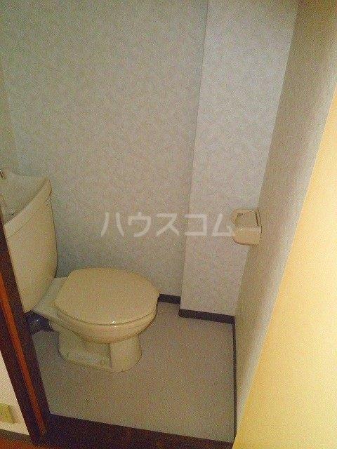ジュエ狐ヶ崎マンション 14号室のトイレ