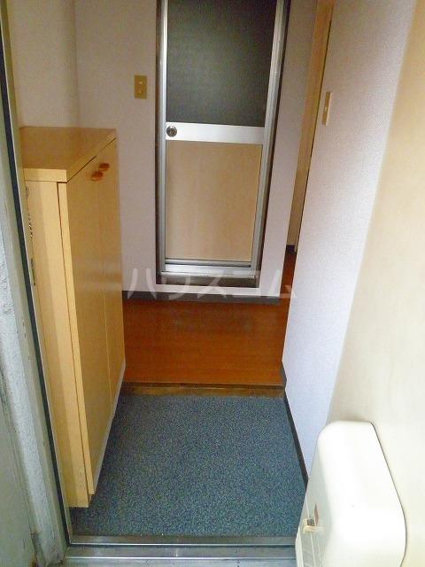 ジュエ狐ヶ崎マンション 14号室の玄関