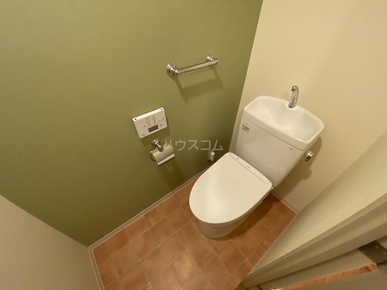 セクシオンドール 304号室のトイレ