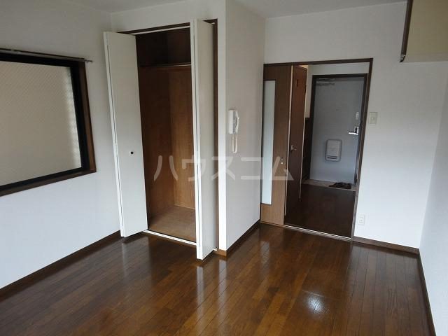 ベルコート94 101号室の居室