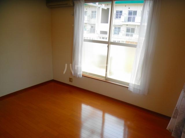 笠原アパート 201号室のリビング