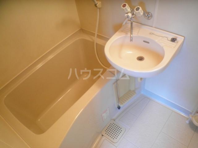 笠原アパート 201号室の風呂