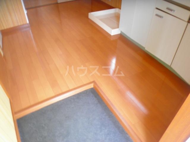 笠原アパート 201号室のバルコニー