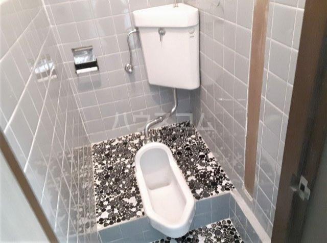 樫原平田町貸家のトイレ