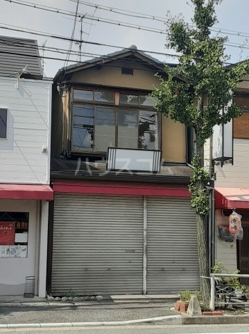 樫原平田町貸家の外観