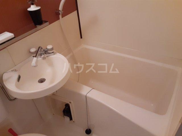 ハイツマウンテン A1号室の風呂