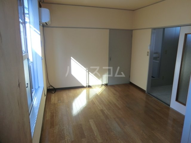 コーポ富士苑 202号室の収納