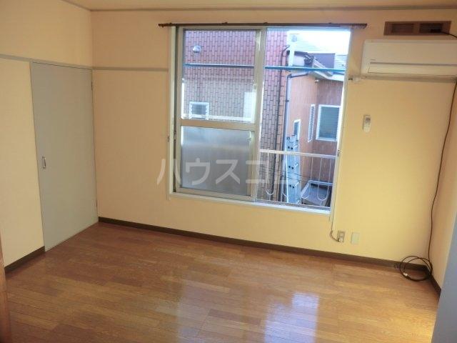 コーポ富士苑 202号室のキッチン
