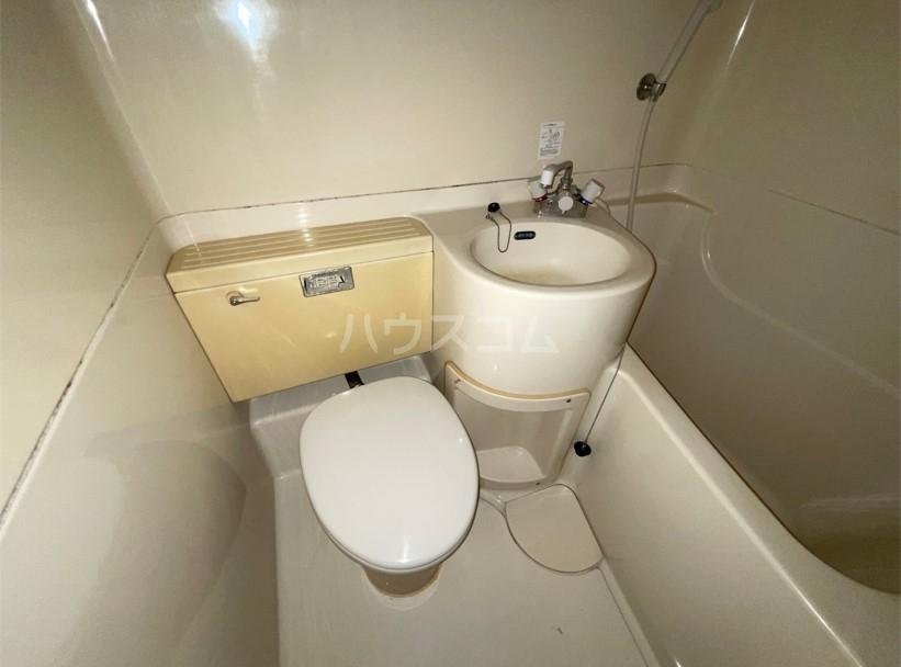 レジデンスカープ八王子 101号室の洗面所