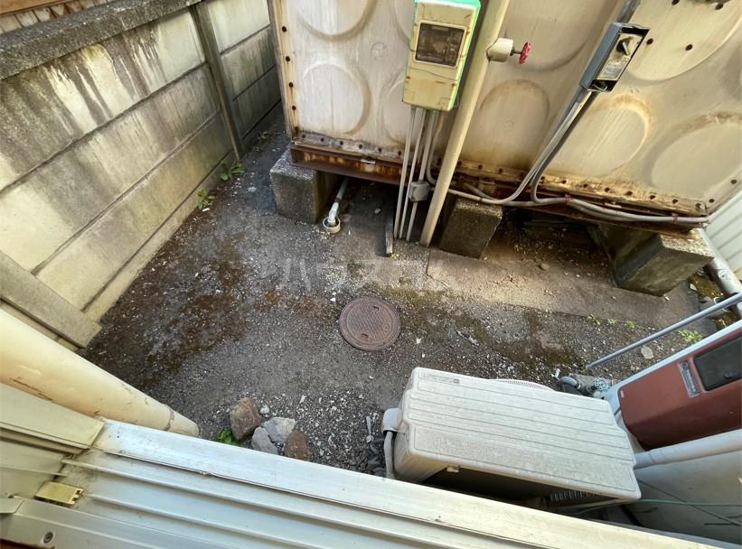 レジデンスカープ八王子 101号室の玄関