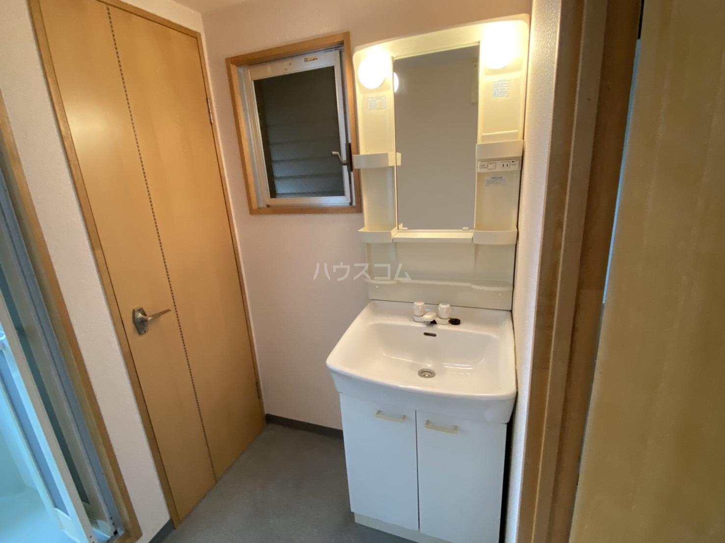 グレース五条 2A号室の洗面所