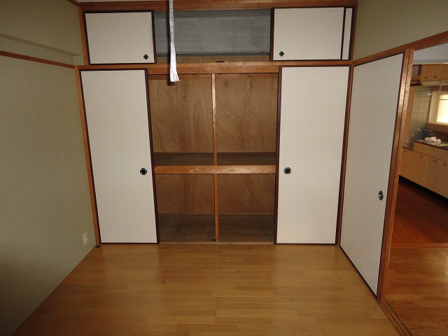 アクティハイム壱番館 201号室の収納